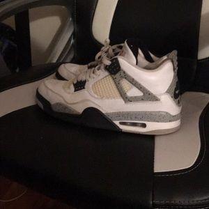 Jordan 4 decent condition